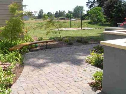 BU_Memorial_Garden_Path_E_7_2012