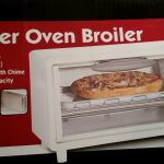 Item 60 - Toaster Oven / Broiler